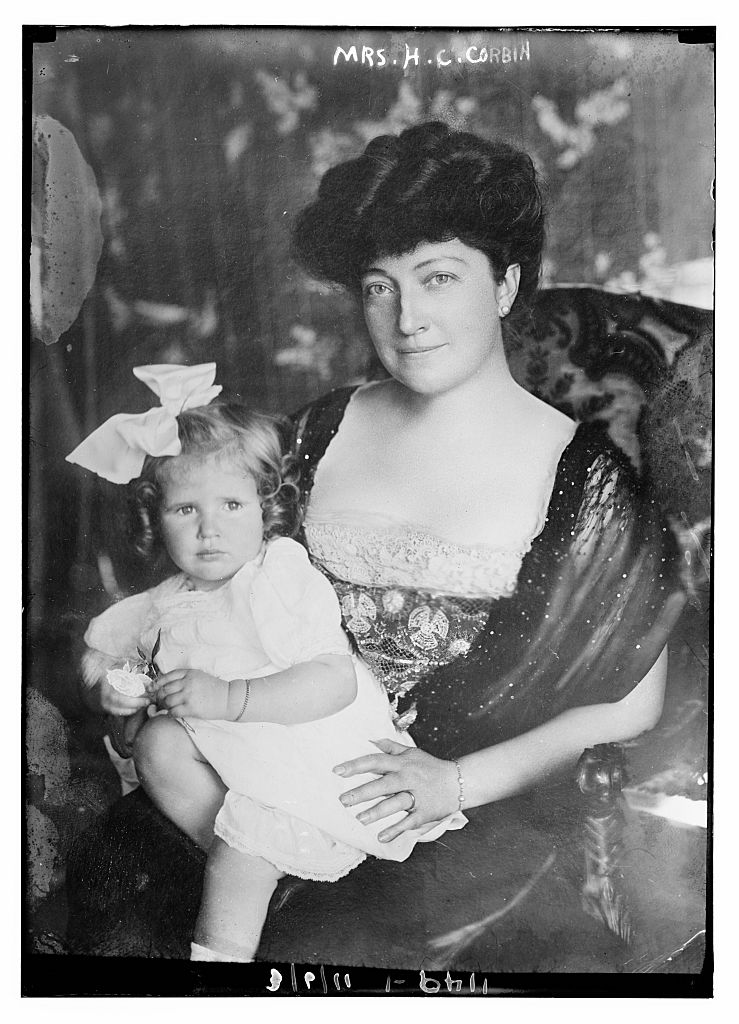 Edythe Patten Corbin with one of Gen. Corbin's grandchildren. The photo is undated, but it was taken when Corbin was still alive, so it was likely some time between 1901 and 1909. Library of Congress.