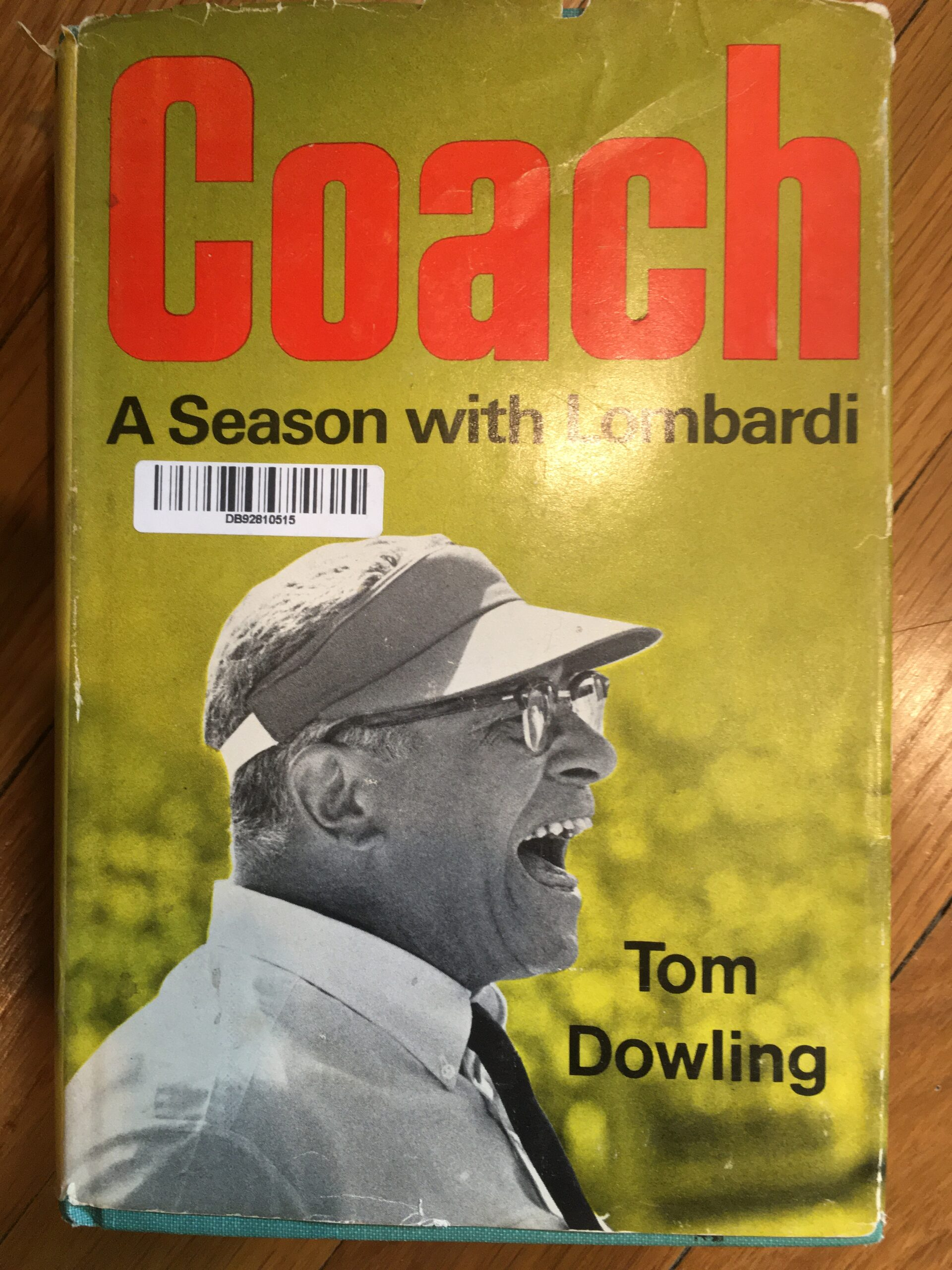 Book jacket of a biography of Vince Lumbardi by Tom Dowling